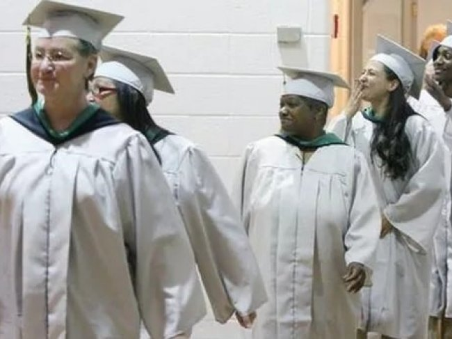 Students who received instruction through the Princeton University Prison Teaching Initiative graduate from the Edna Mahan Correctional Facility for Women in Clinton, NJ.